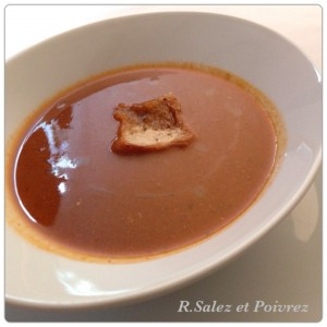 1皿目の魚のスープ